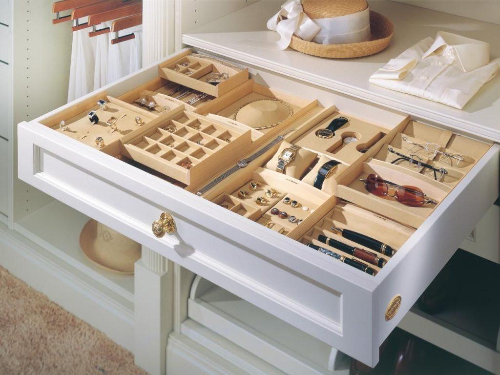 Tiroir personnalisé à rangement de bijoux belge